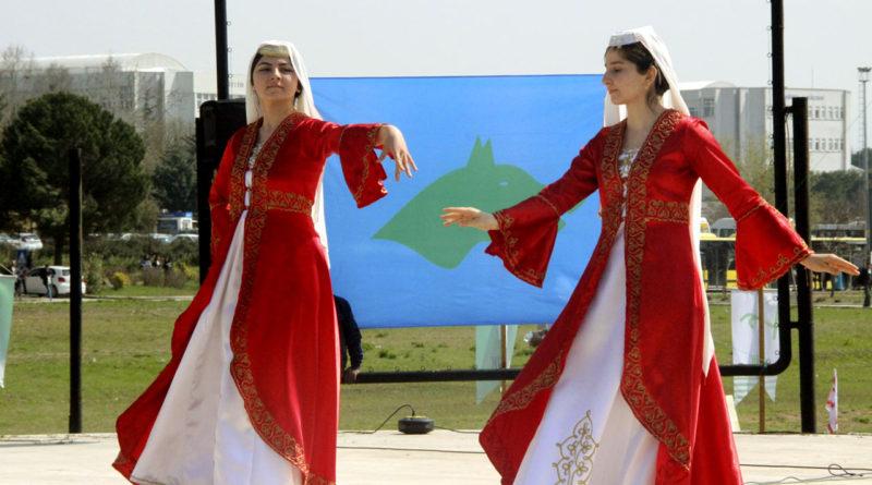 Uludağ Üniversitesi Bu Yıl Da Baharı Heyecan ve Neşeyle Karşıladı.