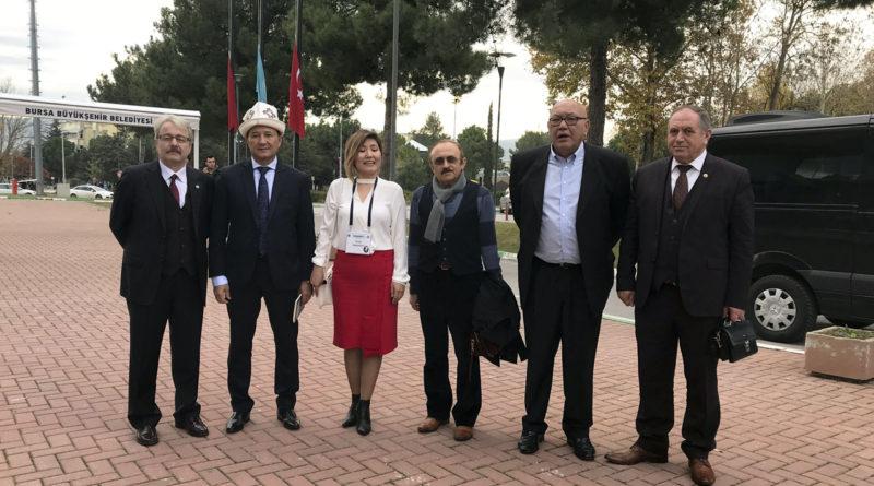Uludağ Üniversitesi'nde Cengiz Aytmatov Bilgi Şöleni Başladı