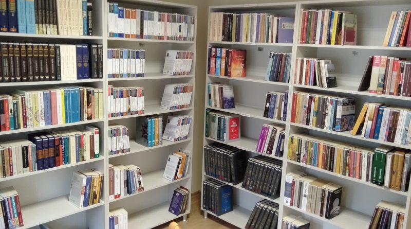 Bursa Türk Ocağı, Bursa Uludağ Üniversitesi'nde Gerçekleştirilen Türkoloji Alanında Ki Araştırmalara Ve Çalışmalara Destek Vermeye Devam Ediyor.